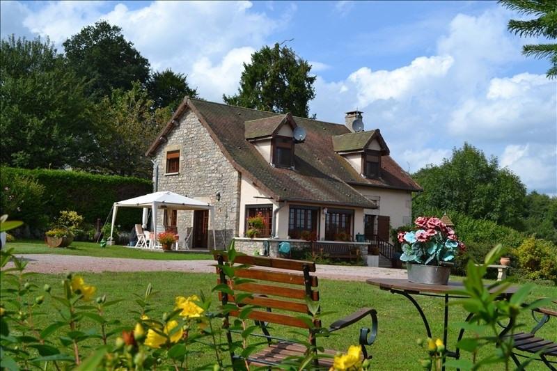 Sale house / villa Champeau 215000€ - Picture 1