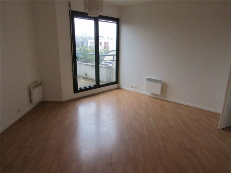 Rental apartment Maisons laffitte 1 075€ CC - Picture 2