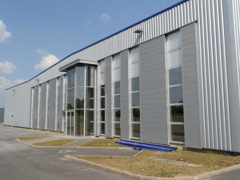 Location Local d'activités / Entrepôt Villeneuve-Saint-Germain 0