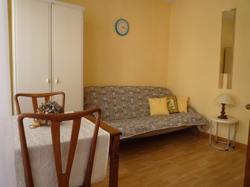 Sale apartment Nice 106 000€ - Picture 2