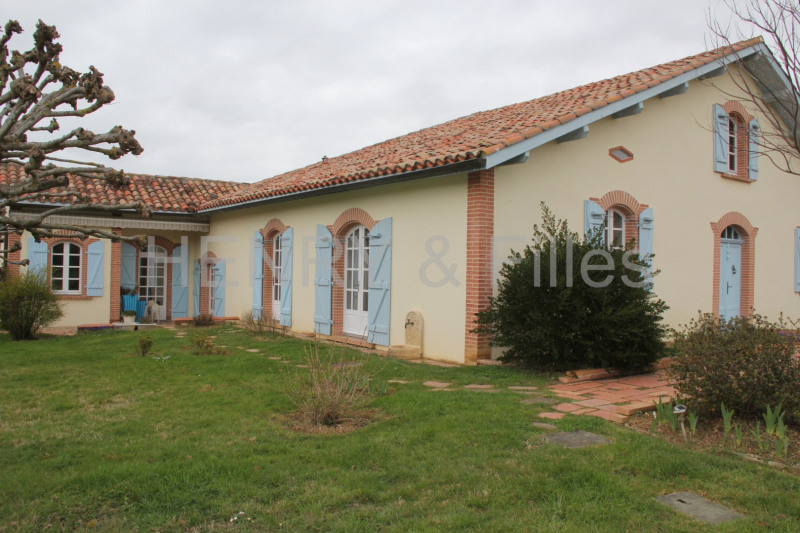 Sale house / villa Samatan 275 000€ - Picture 1