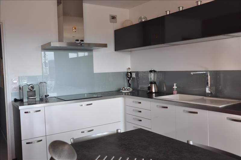 Sale apartment Oyonnax 214000€ - Picture 5