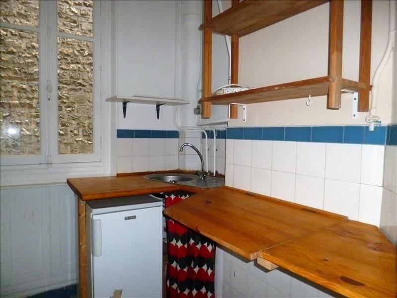Alquiler  apartamento Paris 18ème 1300€ CC - Fotografía 5