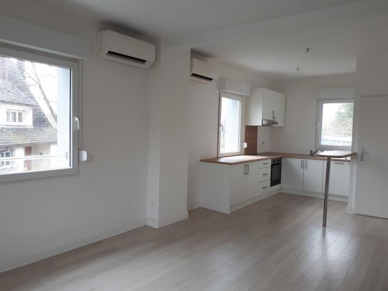Rental apartment Eckbolsheim 800€ CC - Picture 2