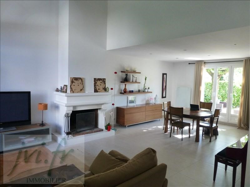Sale house / villa Groslay 530 000€ - Picture 1