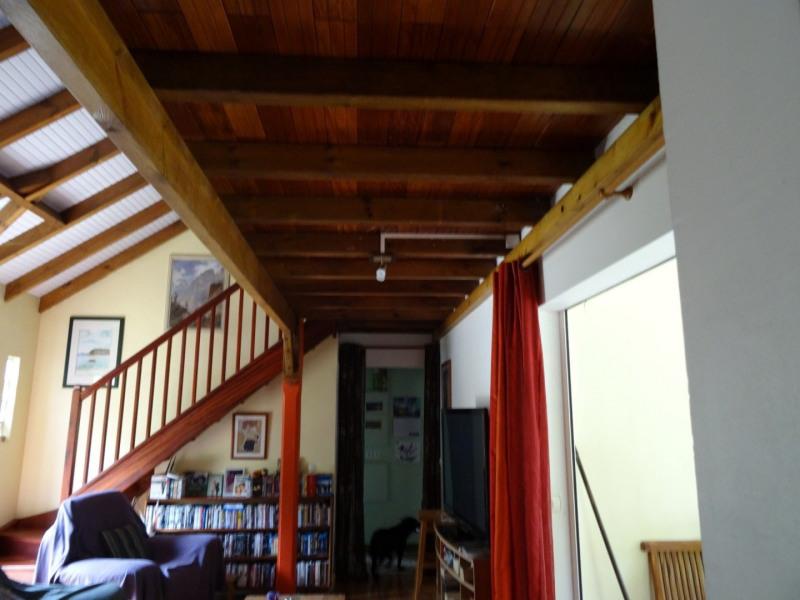 Deluxe sale house / villa Capesterre belle eau 320000€ - Picture 10