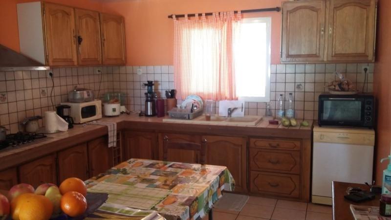 Sale house / villa St gilles les hauts 349000€ - Picture 5