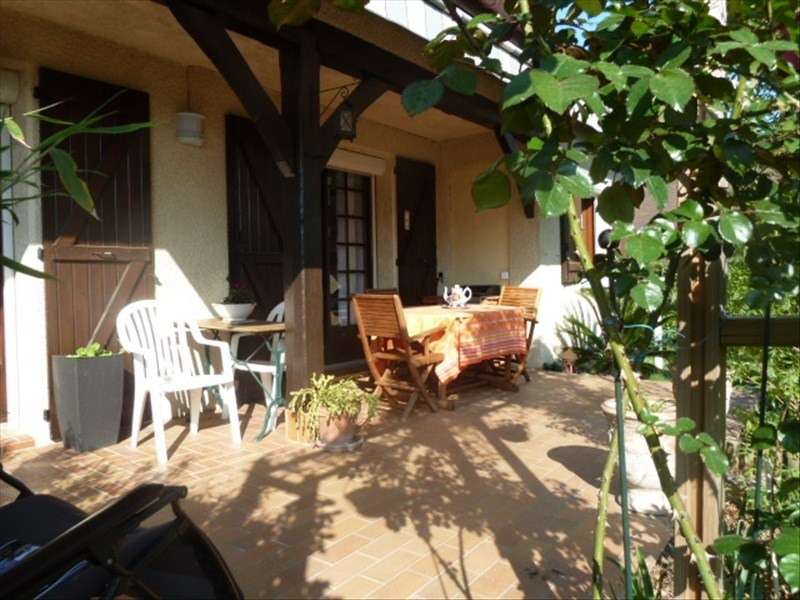 Sale house / villa Pau 375000€ - Picture 1