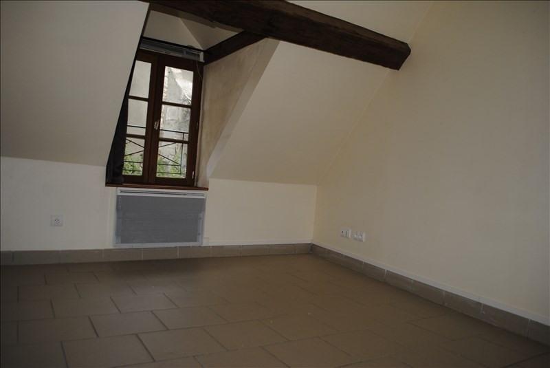 Location appartement Bleneau 325€ +CH - Photo 3