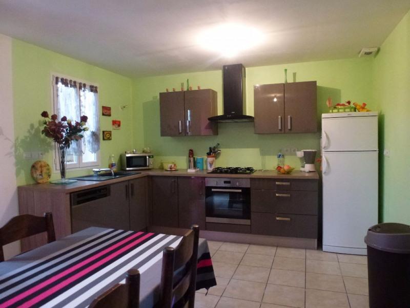 Sale house / villa Crevecoeur le grand 178000€ - Picture 2