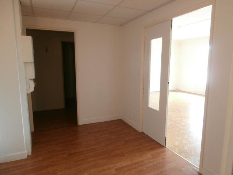 Rental apartment Bergerac 830€ CC - Picture 5