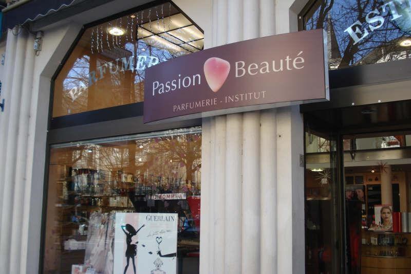 Vente fonds de commerce boutique Bagneres de luchon 220500€ - Photo 1