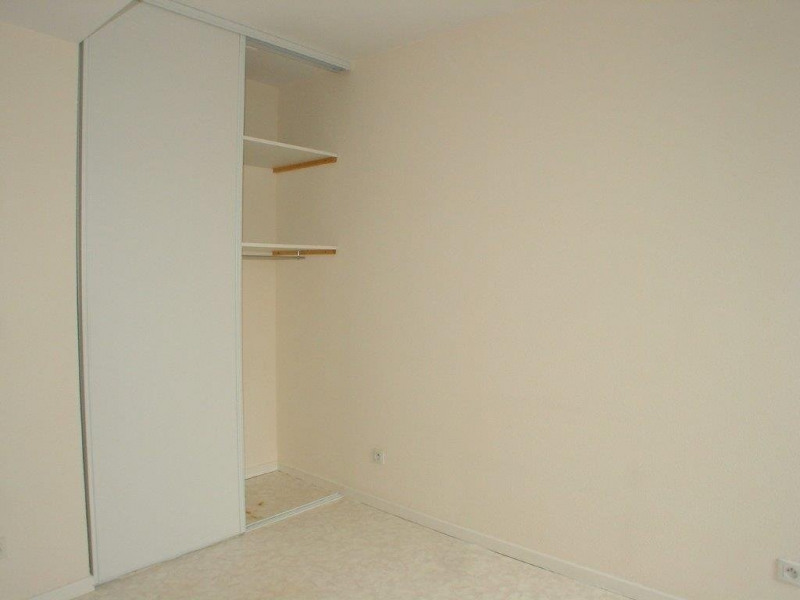 Sale apartment St agreve 50 000€ - Picture 4