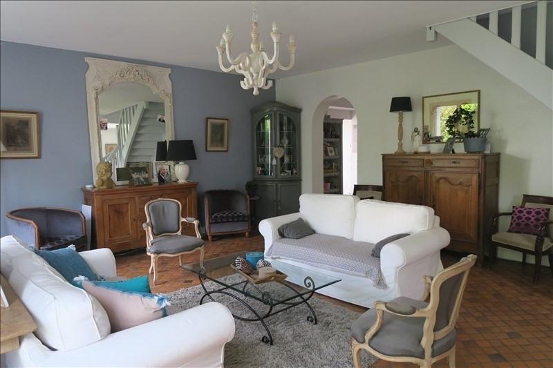 Revenda casa Voisins le bretonneux 748000€ - Fotografia 1