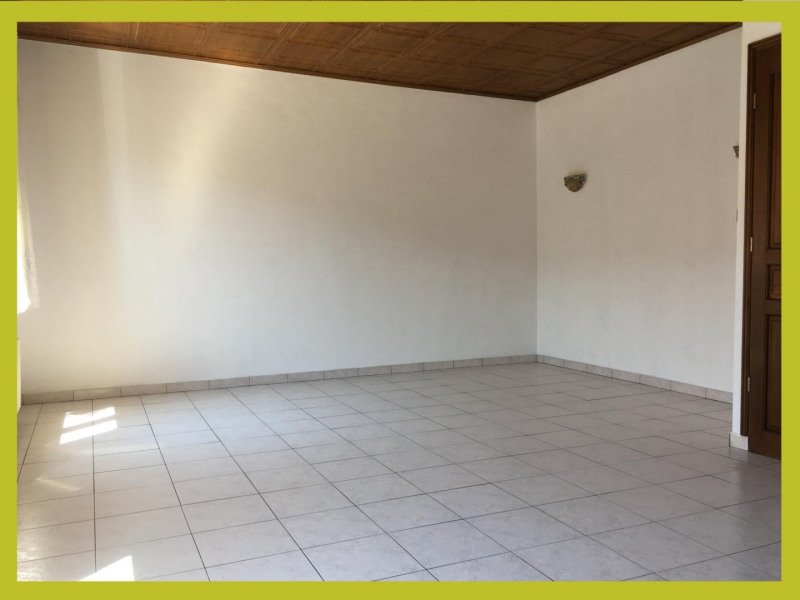Vente divers Courrieres 111 900€ - Photo 1