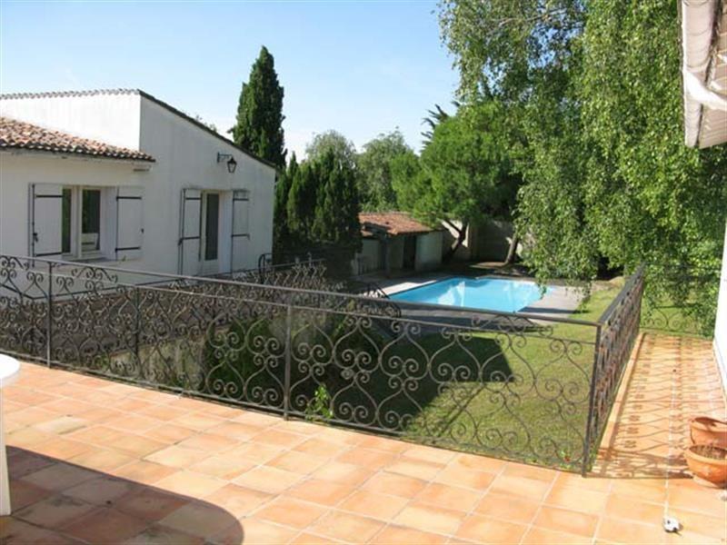 Vente maison / villa Saint-jean-d'angély 190800€ - Photo 1