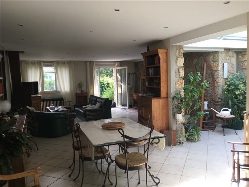 Sale house / villa L isle adam 572 000€ - Picture 2