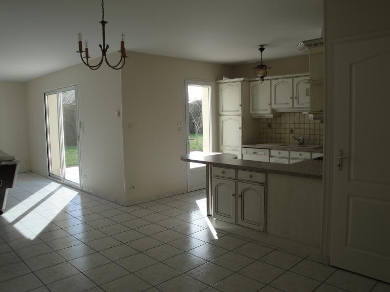 Sale house / villa Mauze sur le mignon 178000€ - Picture 6