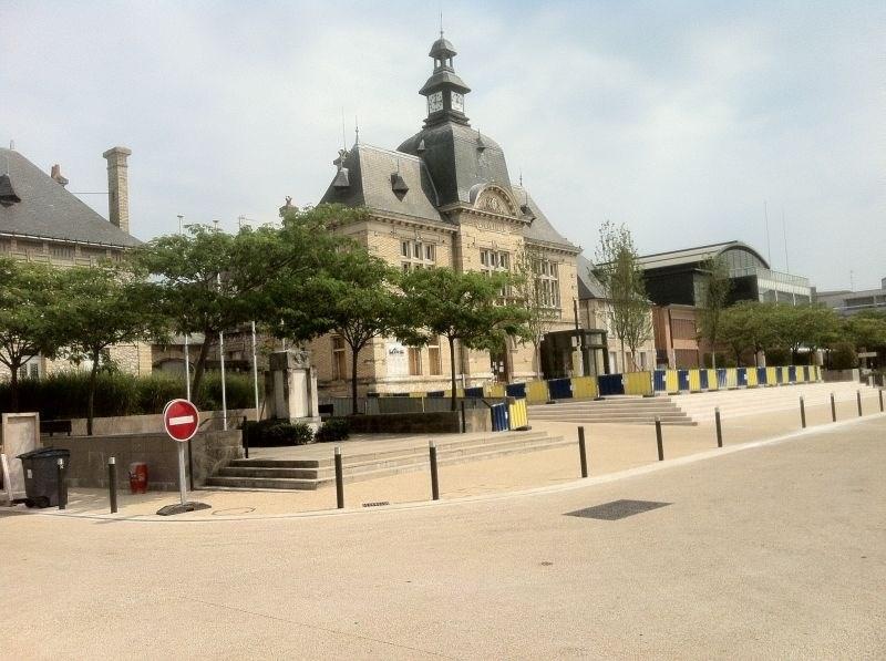 Location Local commercial Saint-Pierre-des-Corps 0