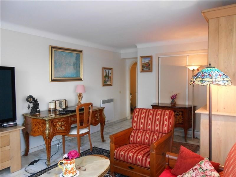 Sale apartment Cannes 440 000€ - Picture 1