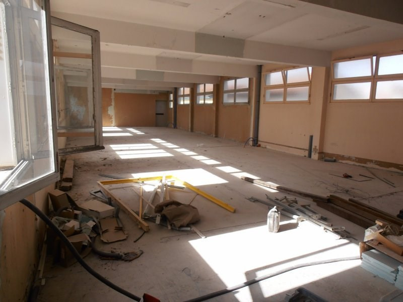 Vente local commercial Perigueux 250 000€ - Photo 2