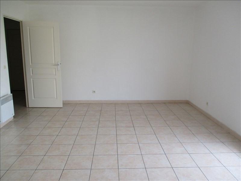 Verhuren  appartement Salon de provence 875€ CC - Foto 3