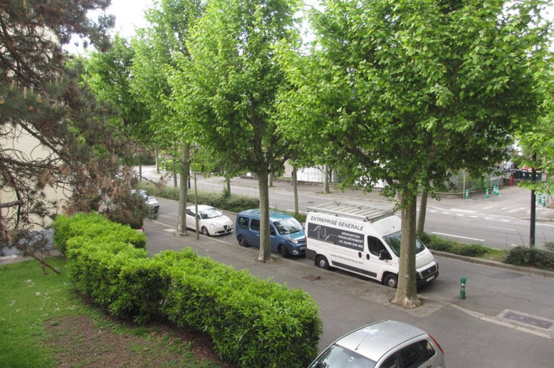 Rental apartment Annecy 852€ CC - Picture 1