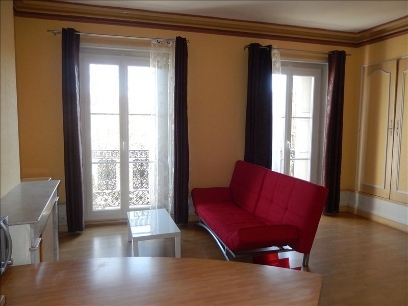 Rental apartment Le puy en velay 358,79€ CC - Picture 3