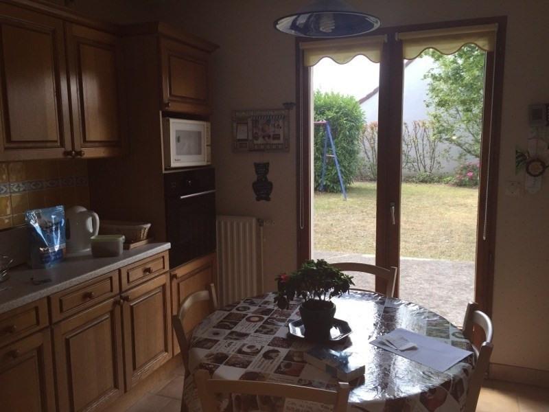 Sale house / villa Vineuil 242000€ - Picture 3