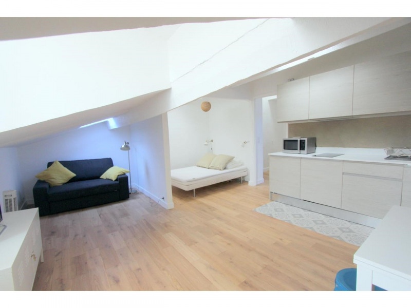 Sale apartment Nice 210000€ - Picture 1