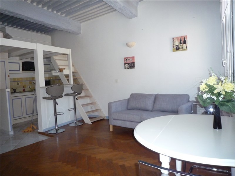 Rental apartment Aix en provence 660€ CC - Picture 1
