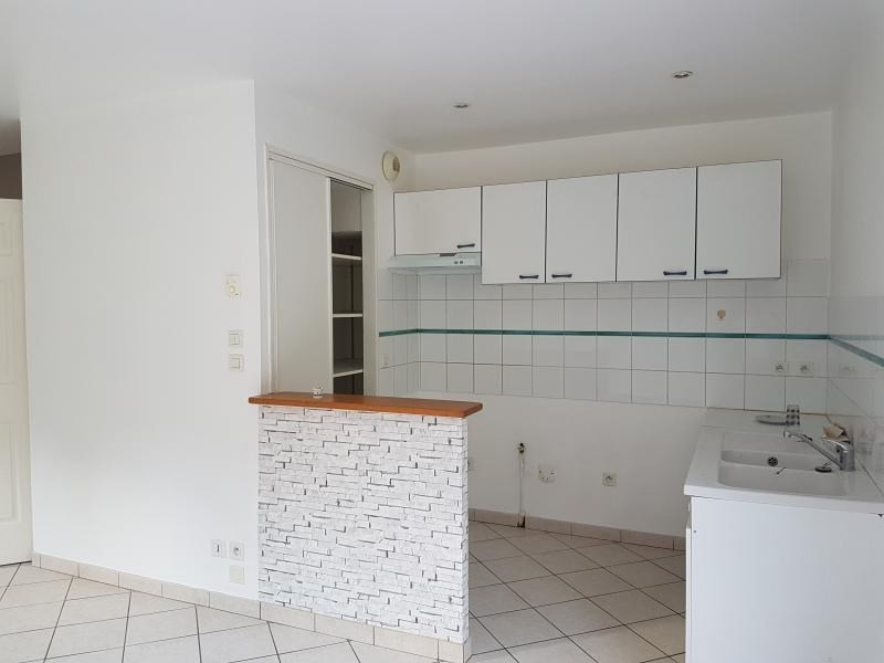 Location maison / villa Laval 515€ +CH - Photo 2