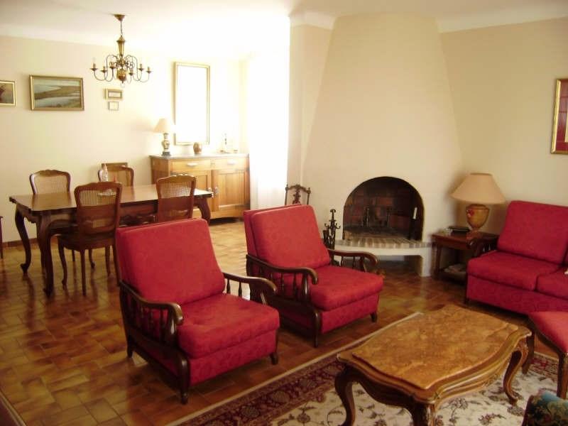 Sale house / villa Salon de provence 367000€ - Picture 2