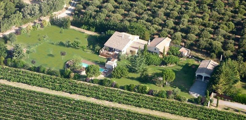 Deluxe sale house / villa Lambesc 985000€ - Picture 1