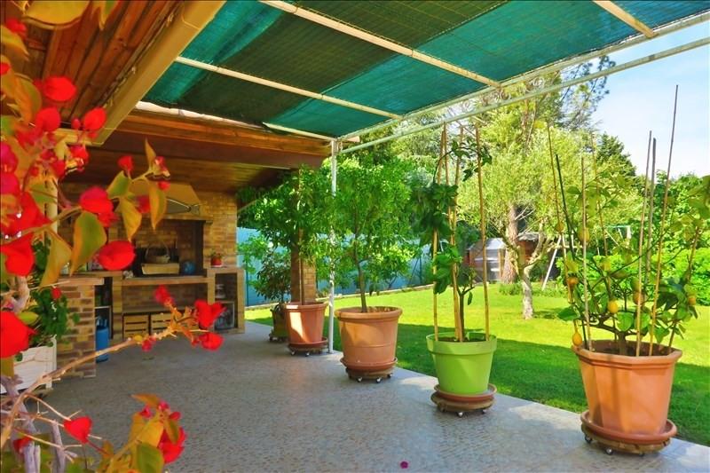 Deluxe sale house / villa Cabries 937000€ - Picture 2