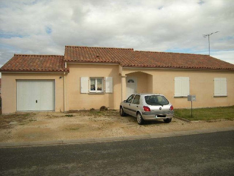 Location maison / villa Naintre 643€ CC - Photo 1