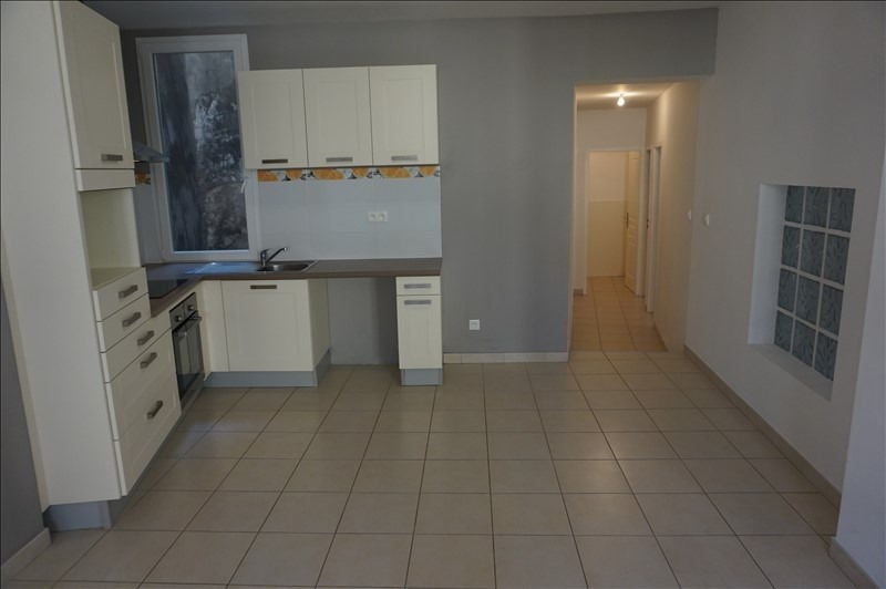 Rental apartment Lodeve 640€ CC - Picture 1