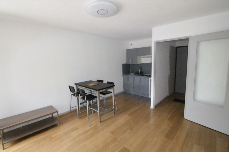 Rental apartment Grenoble 620€ CC - Picture 2
