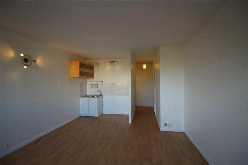 Location appartement Chatou 895€ CC - Photo 2