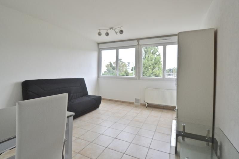 Sale apartment Dardilly 81000€ - Picture 1