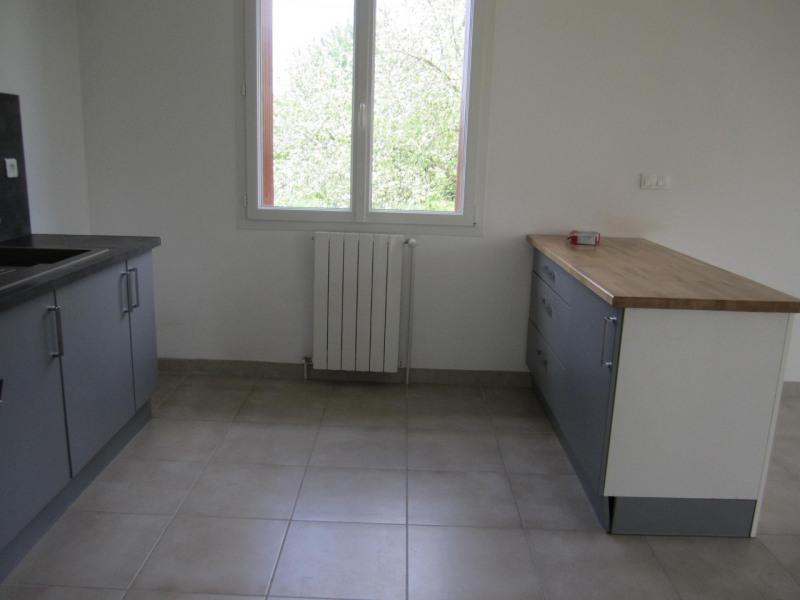 Sale house / villa Barbezieux-saint-hilaire 162750€ - Picture 3