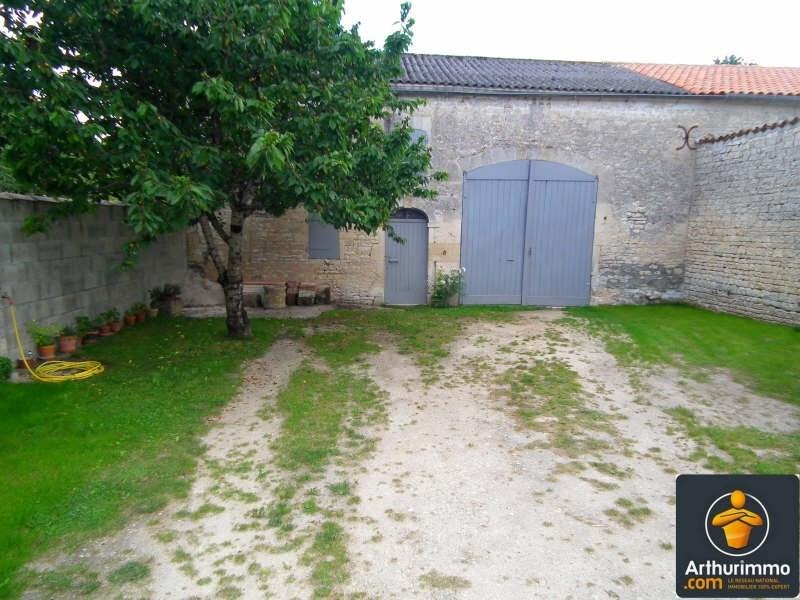 Sale house / villa Matha 81000€ - Picture 2
