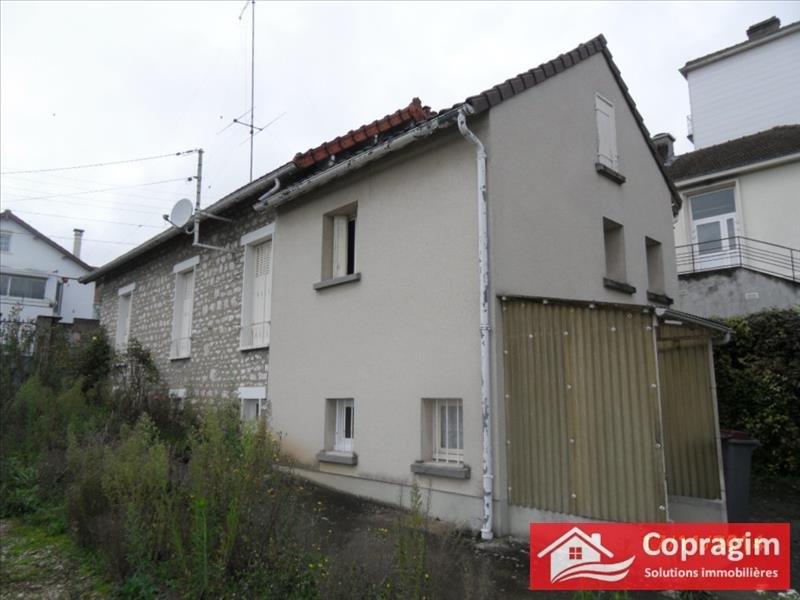 Rental house / villa Montereau fault yonne 750€ CC - Picture 1