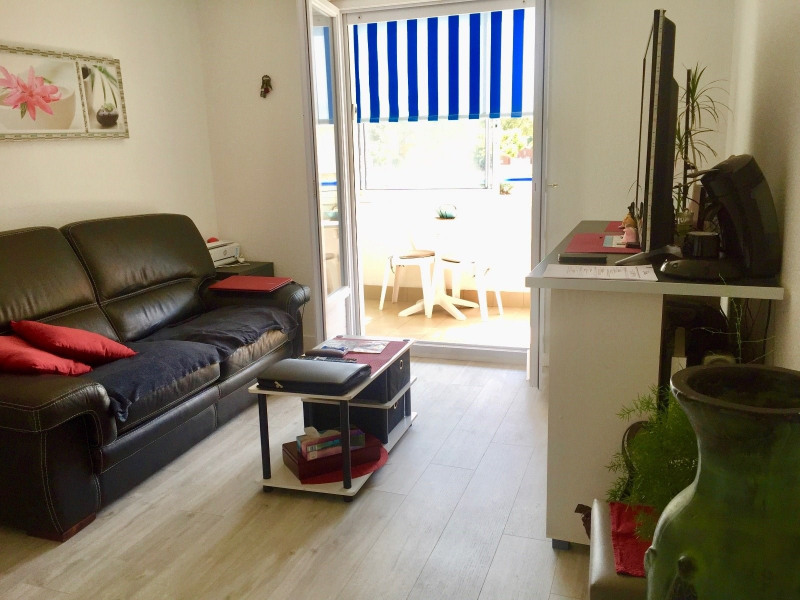Sale apartment Chateau d olonne 81 000€ - Picture 2
