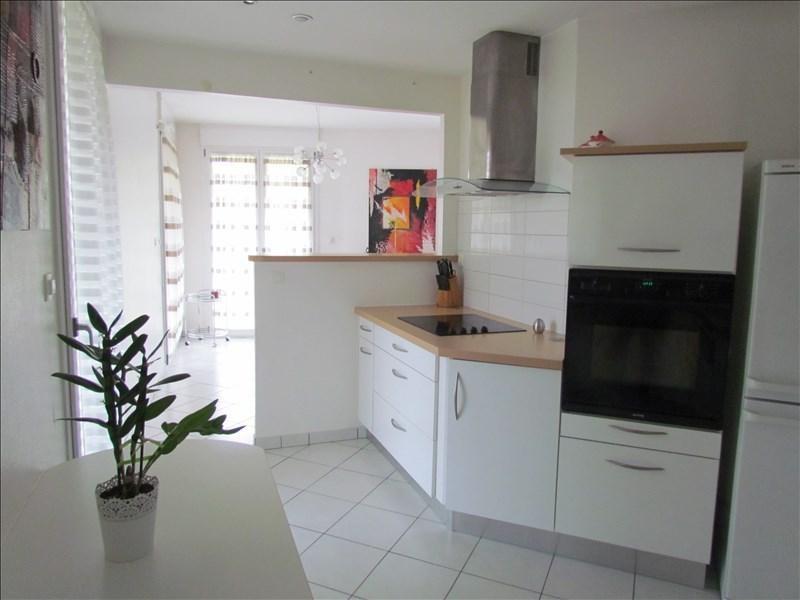 Sale apartment Souffelweyersheim 329000€ - Picture 2
