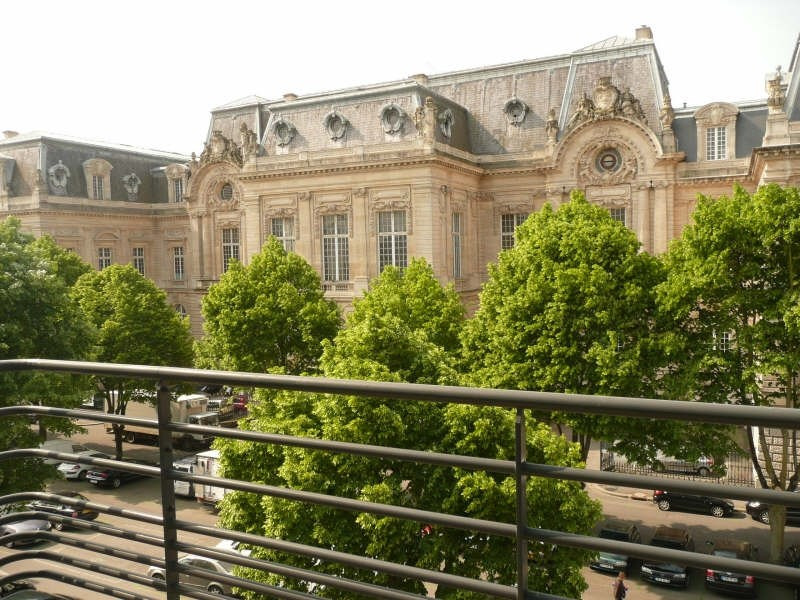 Rental apartment St quentin 1 150€ CC - Picture 3
