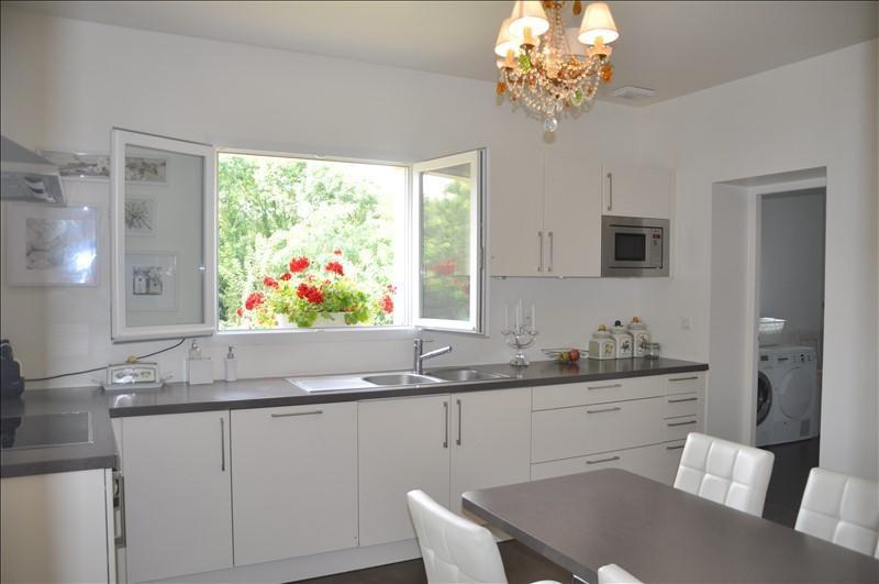 Sale house / villa Chavenay 880000€ - Picture 2