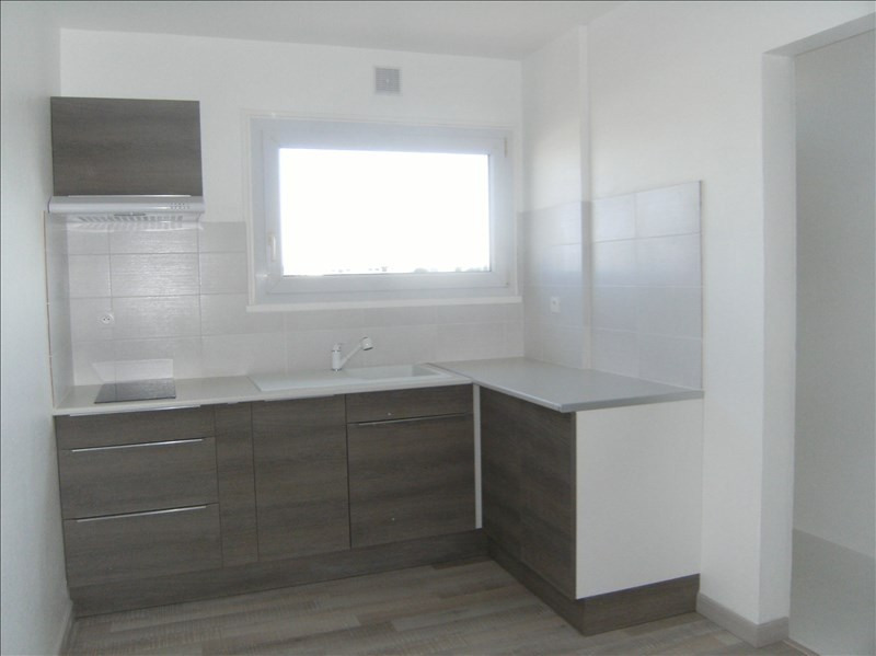 Sale apartment Les sables d olonne 203000€ - Picture 2