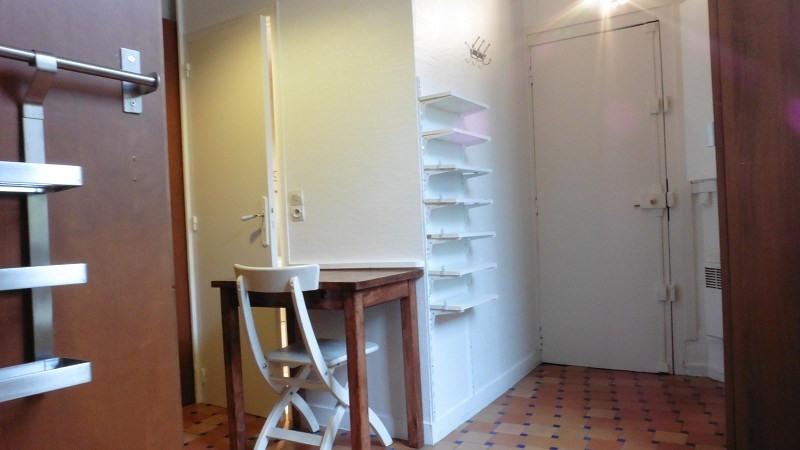 Location appartement Paris 10ème 758€ CC - Photo 7