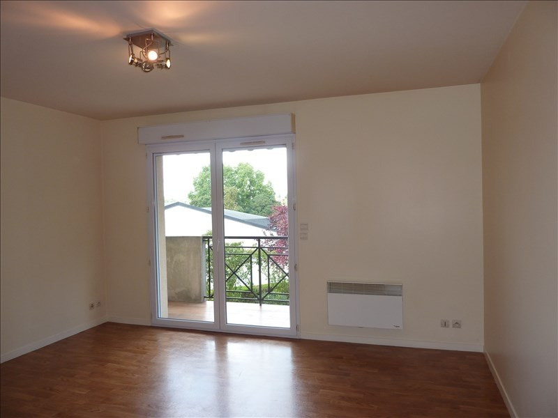 Rental apartment Claye souilly 745€ CC - Picture 2